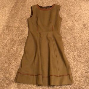 Elie Tahari fully lined dress